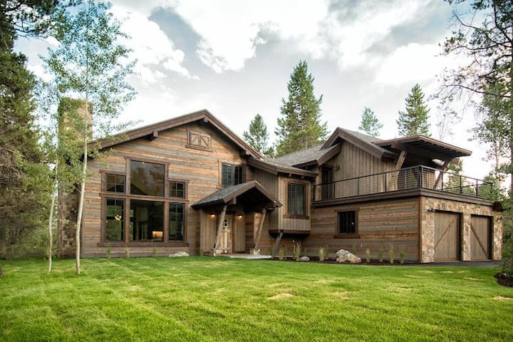Stunning home in Jackson Hole!