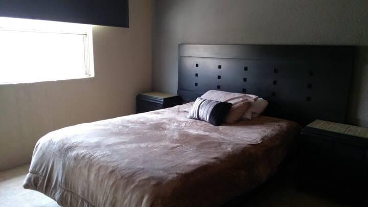 Bonita casa en Celaya, cómoda y limpia