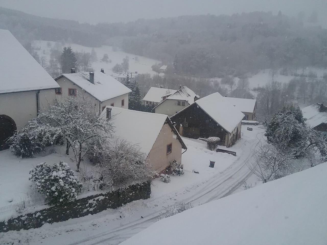 Notre village avec son manteau blanc