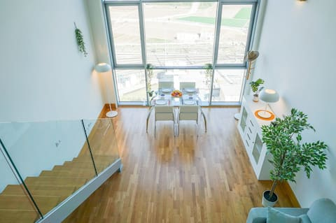 Apartamento LOFT duplex silencioso. Parking GRATIS
