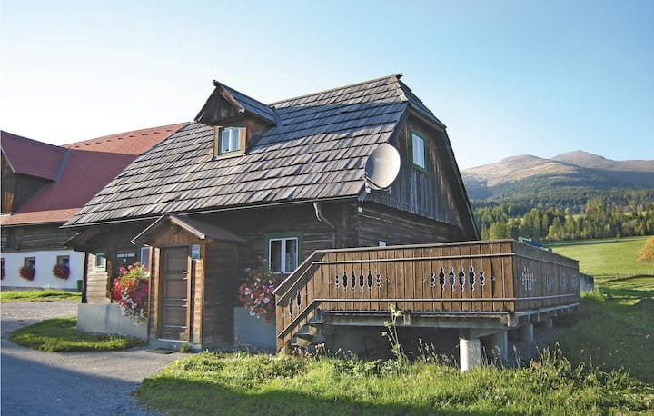 Holiday cottage with 2 bedrooms on 70m² in St. Peter am Kammersb.