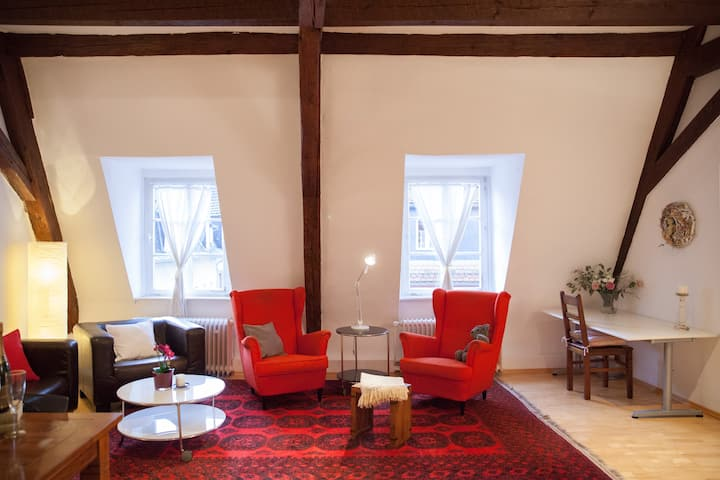 Best located - Cosy old town apartment