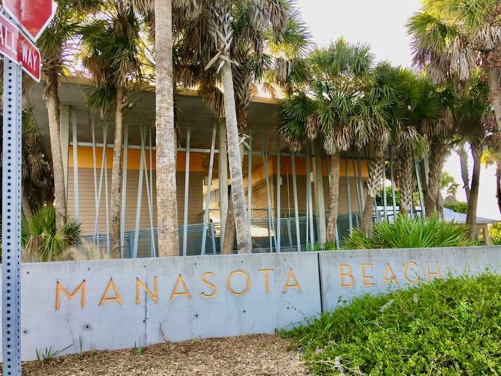Manasota Beach Cottages 4