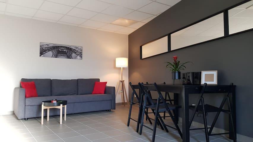 Studio indépendant, quartier calme