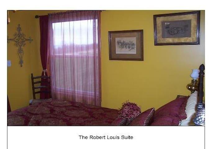 Robert Louis - Gores Landing - Bed & Breakfast