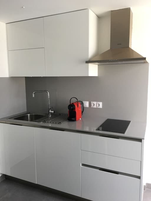 New and fully equipped Italian kitchen