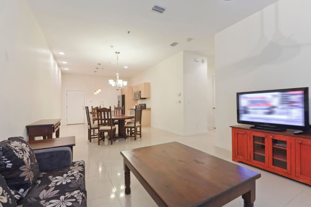 La Isla 205F Living Area