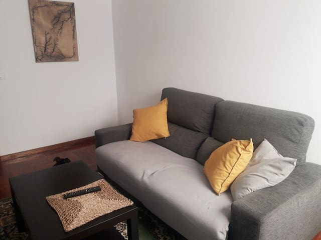 Apartamento equipado con plaza garaje Lugo.