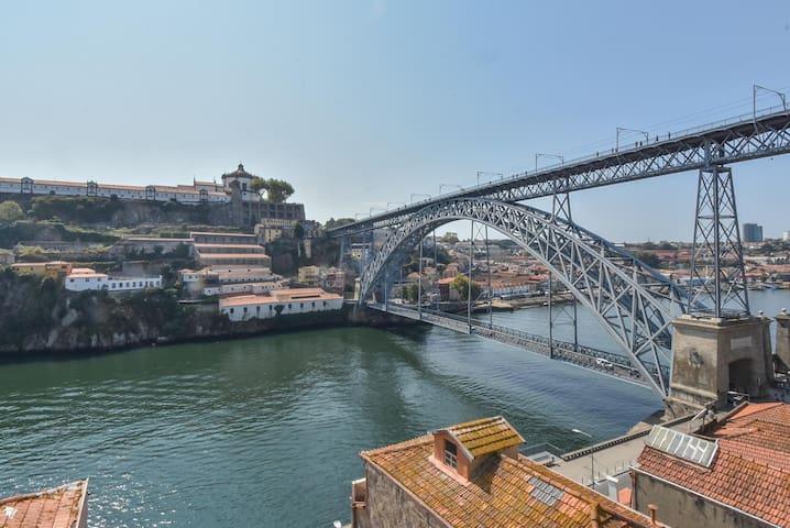 Guindais Oporto Apartments III