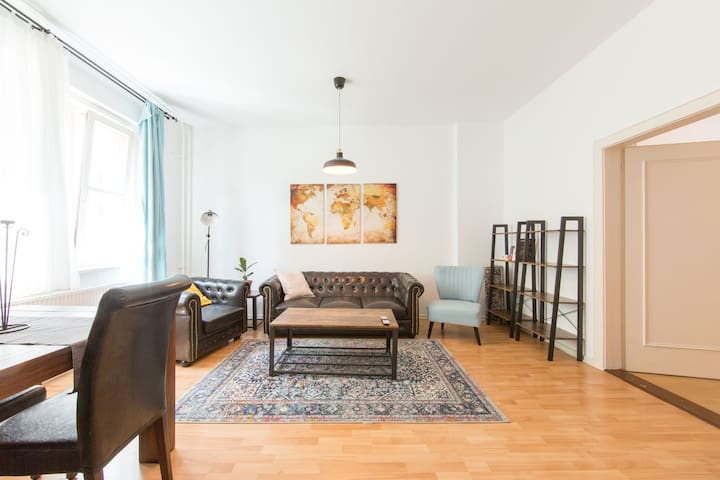 Comfortable 2-room apartment in Friedrichshain