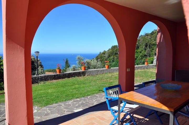 """Casa """"Relax"""" (Cinque Terre) a Bonassola"""
