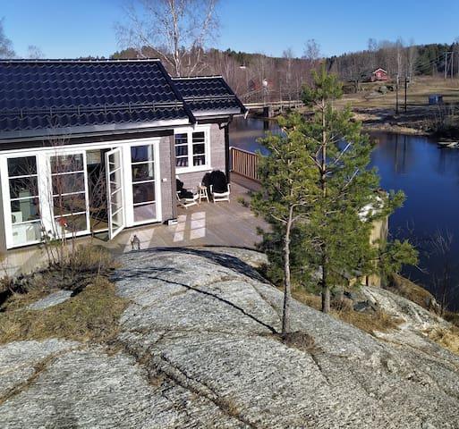 Ny hytte, innsjøen Lyseren, 35 min fra Oslo