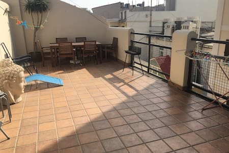 Top floor 1 minute from main street - Gibraltar