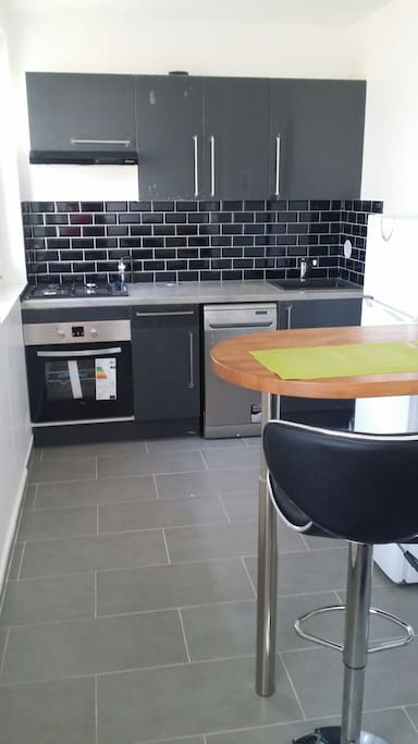 Fully equipped fitted kitchen with 2 highchairs, full dishes, big traditional oven, 4 gaz rings, extractor fan, dishwasher, microwave. Just Perfect for a nice drink.