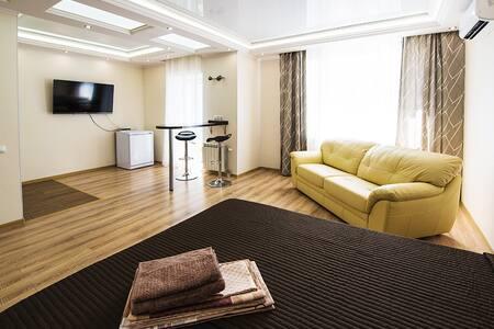 Апартаменты Берлога55 на 5 Армии - 鄂木斯克 - 公寓