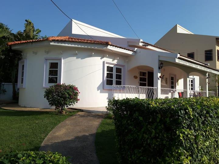 Pool Villa in quiet village