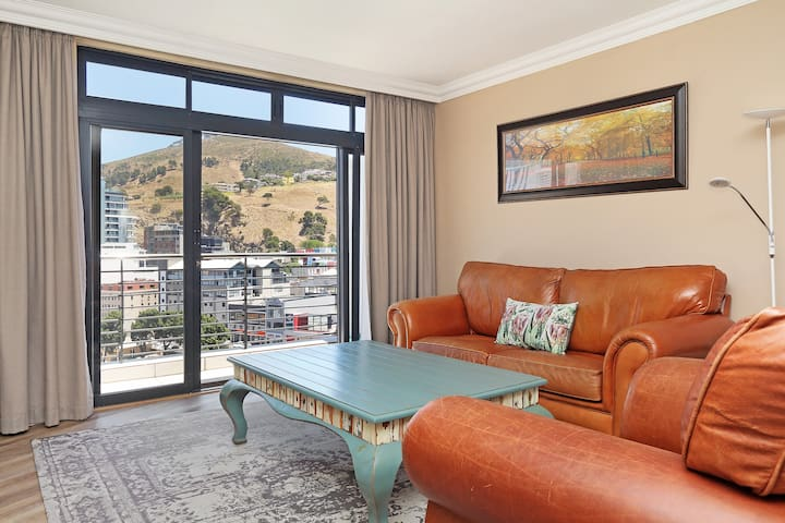 Pristine Apartment in the Heart of Cape Town