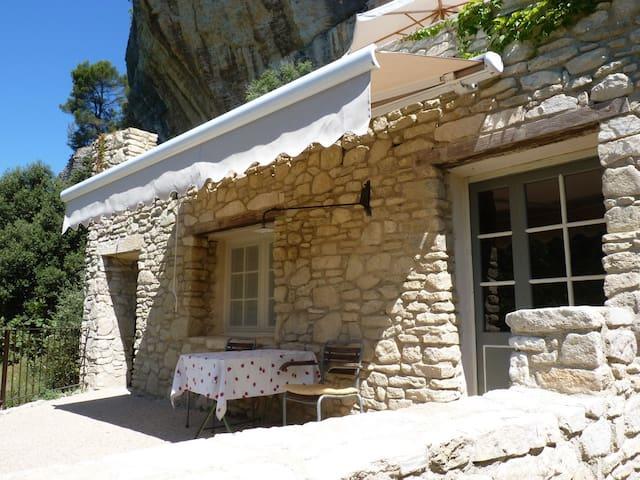 Ferienwng Provence LA BAUMO 2  2Per - Le Beaucet - Wohnung