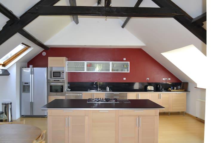 Grande maison idéale pour vacances - Valennes - Huis