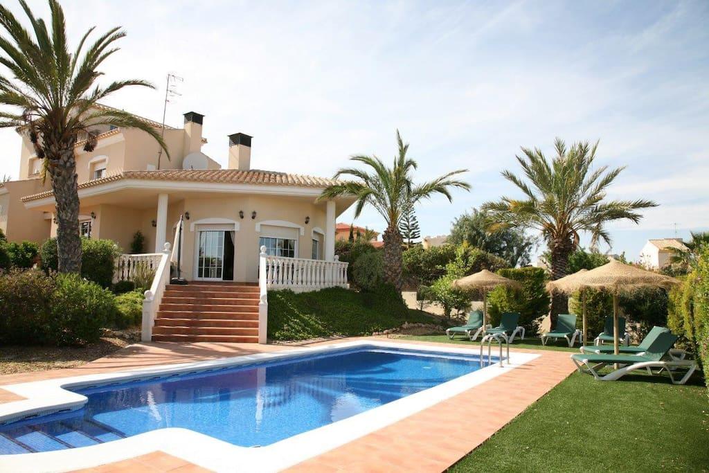 Bedroom Villa For Rent In Spain