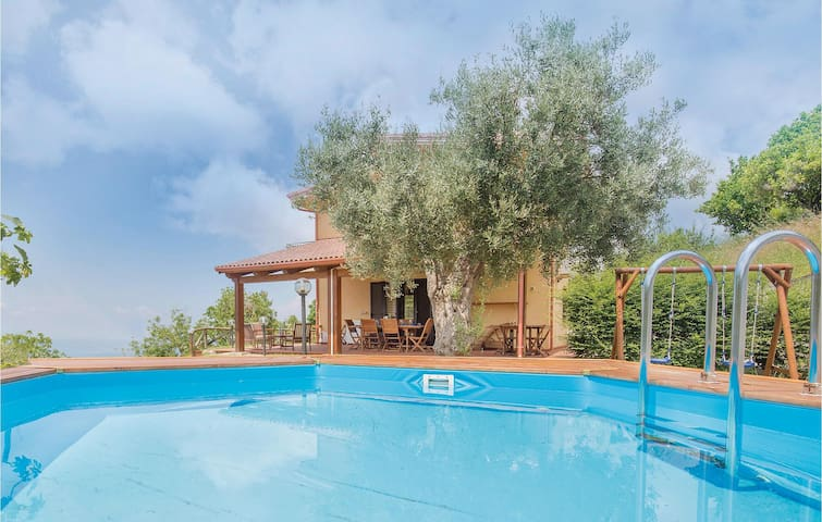 Holiday cottage with 3 bedrooms on 180m² in Belvedere Marittimo CS