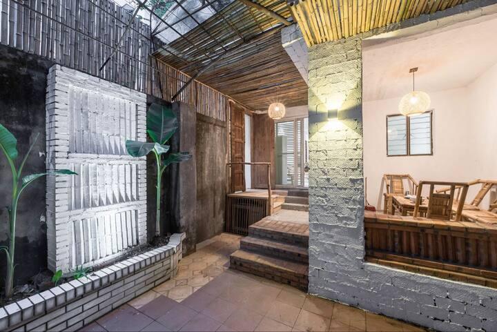 安心住·芗吟民宿-《蕉亭》老成都玉林路小酒馆旁,老房子私家院落带茶室的市井生活体验