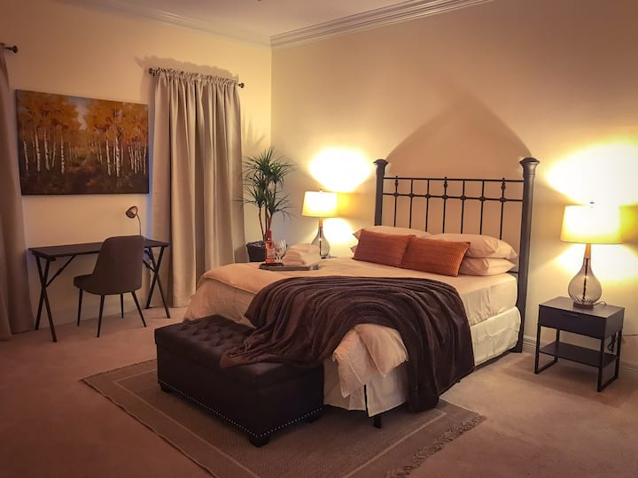 ✵Queen Bed Private Room #9✵ A Perfect 5-Star Stay!