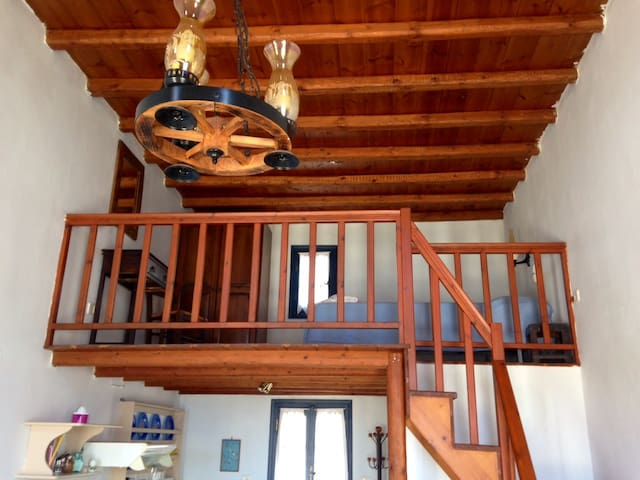 Studio with mezzanine/amazing view - Tinos - Apartamento