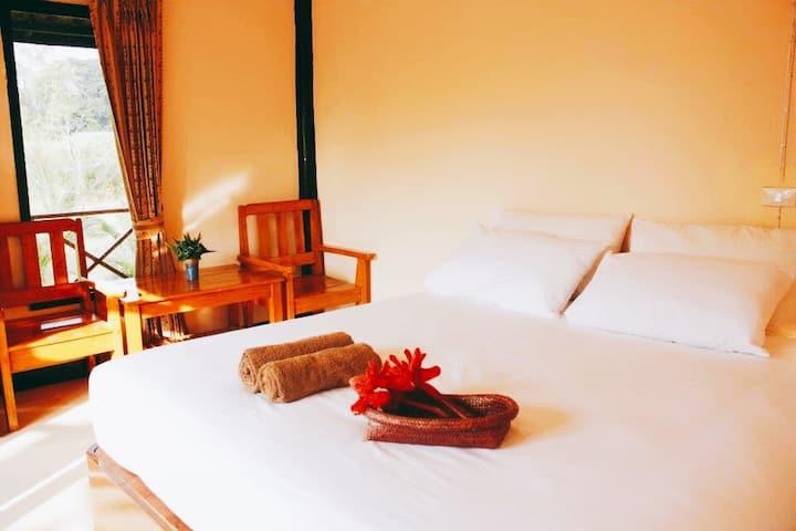 SUNSHINE PAI - Private bungalow, AC, bathroom, Pai