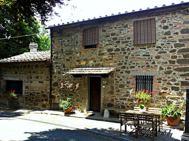 Cozy tipical tuscany country house - Montecatini Val di Cecina - Talo