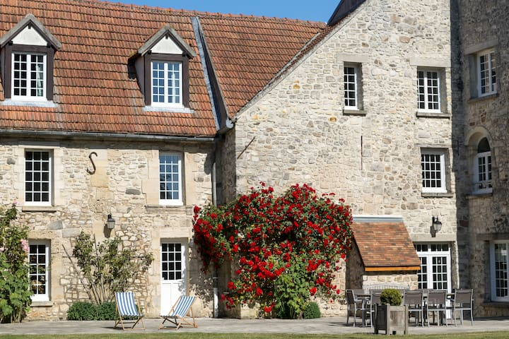 Loveley Farm - near Roissy / Paris