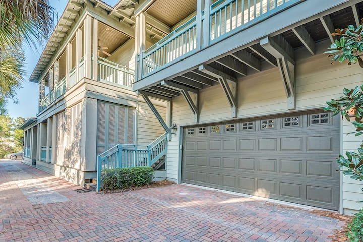 Private Carriage House for 2 in Seacrest Beach!