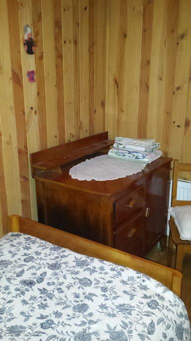 Mobiliario habitación doble