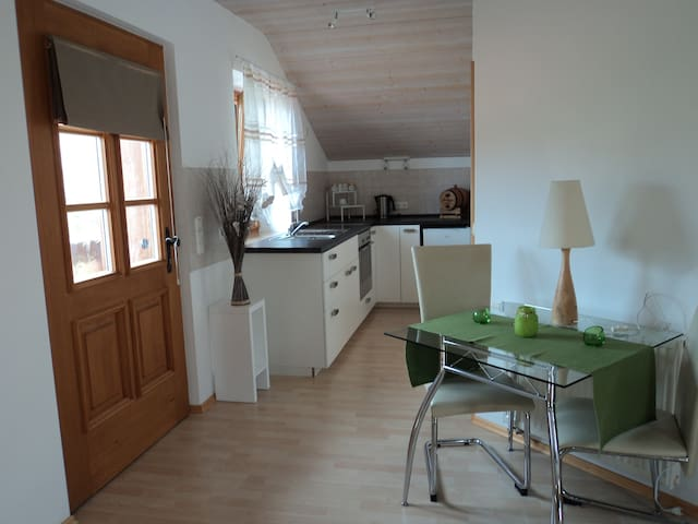 1-Zimmerwohnung,nahe Staffelsee - Eglfing - Huis