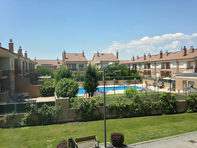 Wonderful apartment with pool - Valladolid - Apartmen