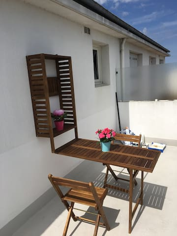 LINDO STUDIO avec grande terrasse