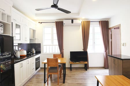 Thuy's home: COZY one bedroom Apartment