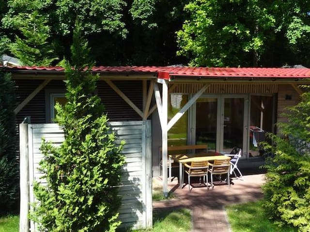 Cozy wooden house for 4 people, lovely outdoor area w/ grill