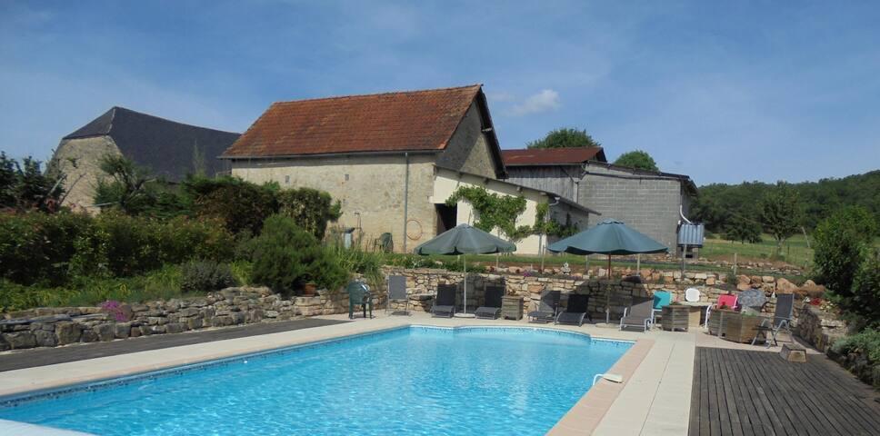 La Maison Bourboulou, Limousin. - Segonzac - Hus