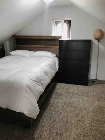 Private Loft/Studio Apartment