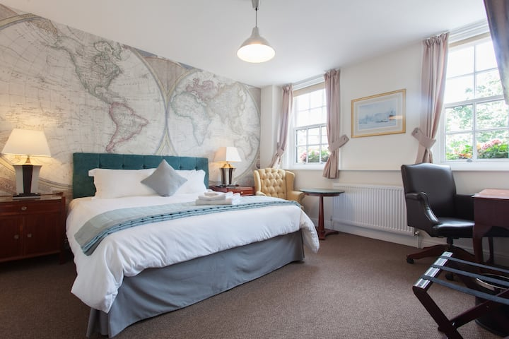 Double Room in Boutique Hotel R3