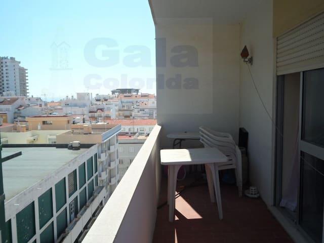 T2 com Grande Varanda e Vista Mar - Monte Gordo - Apartament