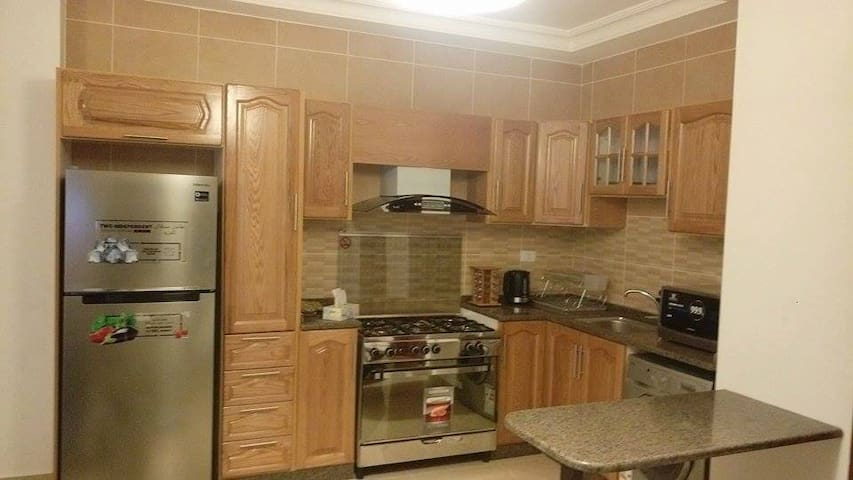 Modern two-bed flat in central Amman