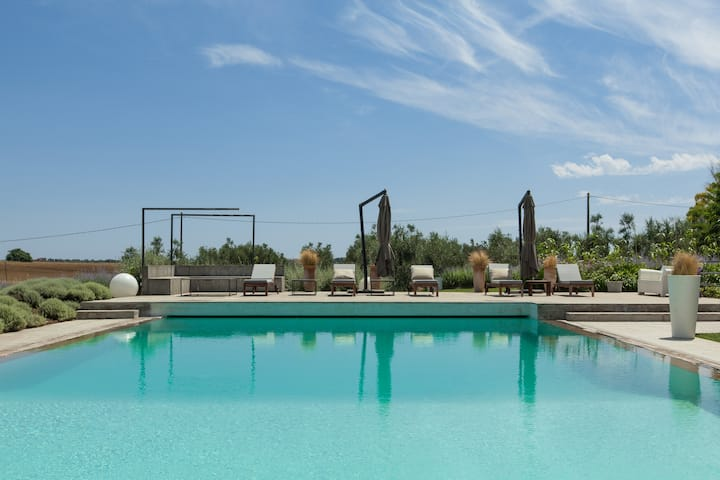 CAPALBIO CHARMING VILLA WITH POOL