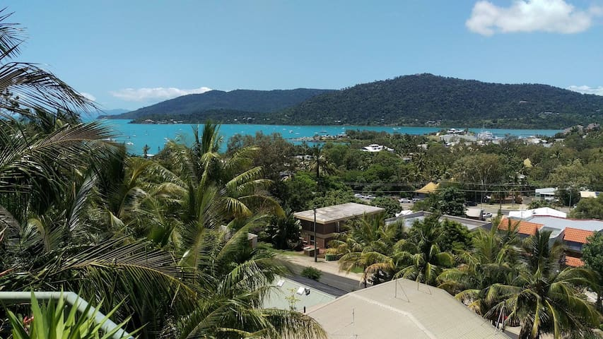 Penthouse in Airlie Beach - KING ROOM - Airlie Beach - Dom