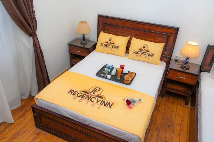 Superb Room for two with free breakfast&wifi
