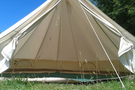 The Valley Campsite Basic Bell Tent - Khemah