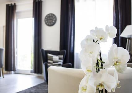 Modern Villa in Chianti with garden and terrace - San Quirico In Collina