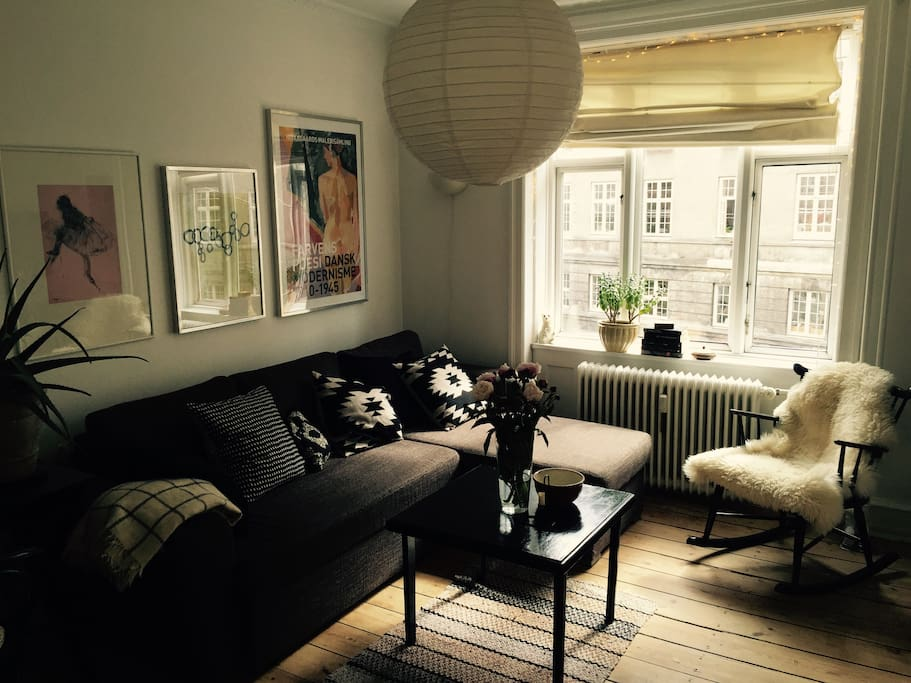 Cosy livingroom with sleeping couch