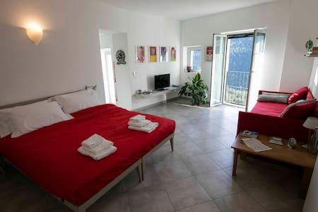 Splendido appartamento con vista panoramica a Vene - Rialto